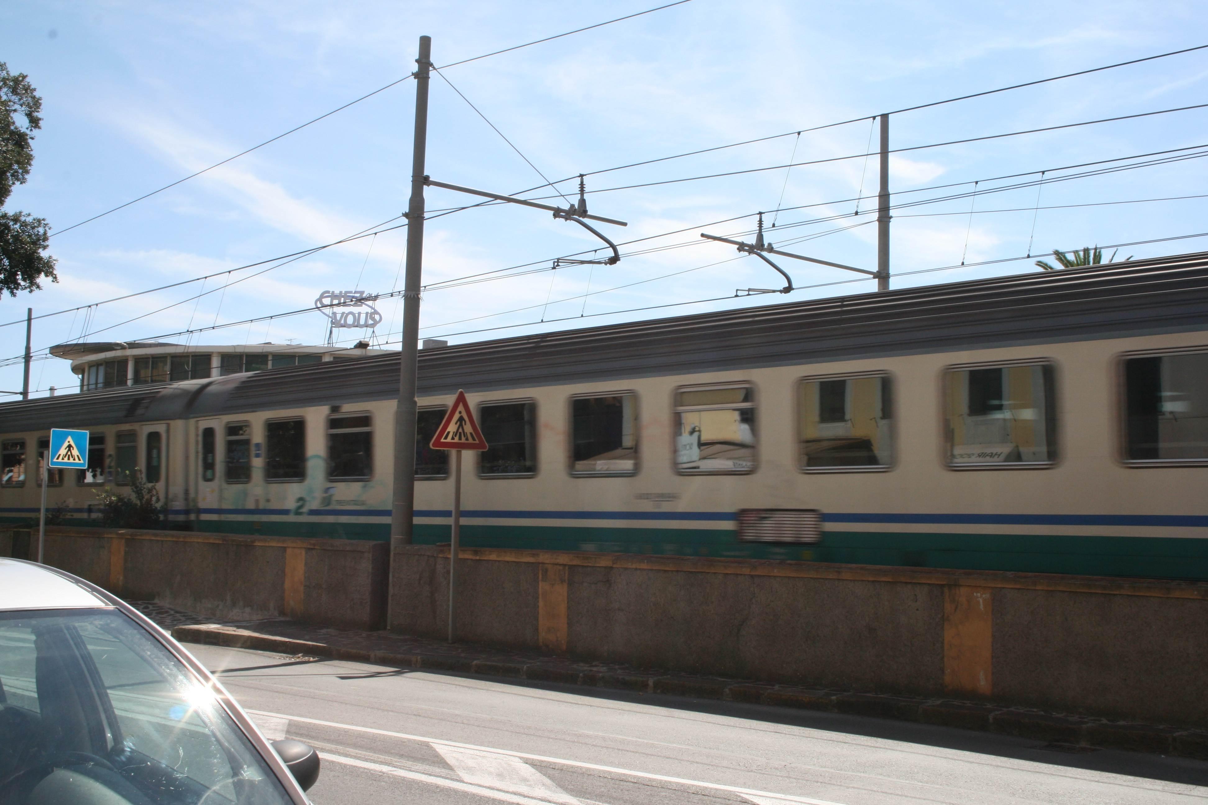 Rapina sul treno con lo spray al peperoncino, arrestato 25enne