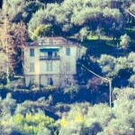 La ex scuola della frazione di Nozarego