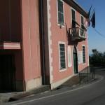 Il palazzo municipale di Leivi