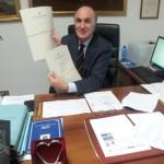 Costa ancora alla scrivania da sindaco