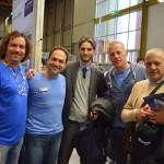 Foto di gruppo con al centro il sindaco
