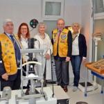 Il centro oftalmico con Lions e personale