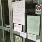 Il cartello che avverte della chiusura