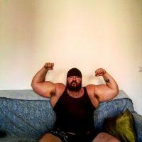 Mate Caniggia strongman