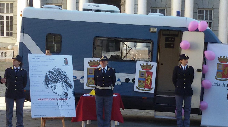 La Polizia di Stato schiera il Progetto Camper: Messina contro la violenza di genere