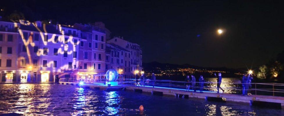 Ecco la sfera e la passerella di Portofino